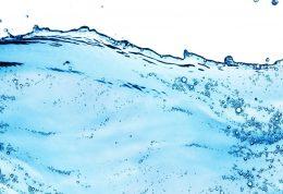بیماران مبتلا به نارسایی قلبی در مصرف آب زیاده روی نکنند