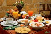 صبحانه ای با رنگ و بوی طب سنتی