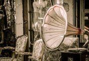 چرا انسان ها به موزیک غمگین علاقه زیادی دارند؟