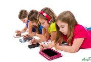 آیا موبایل دادن دست کودک کار درستی است؟