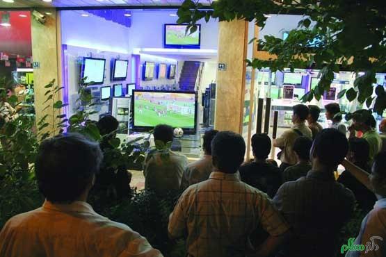 تماشای فوتبال با ما چه میکند ؟
