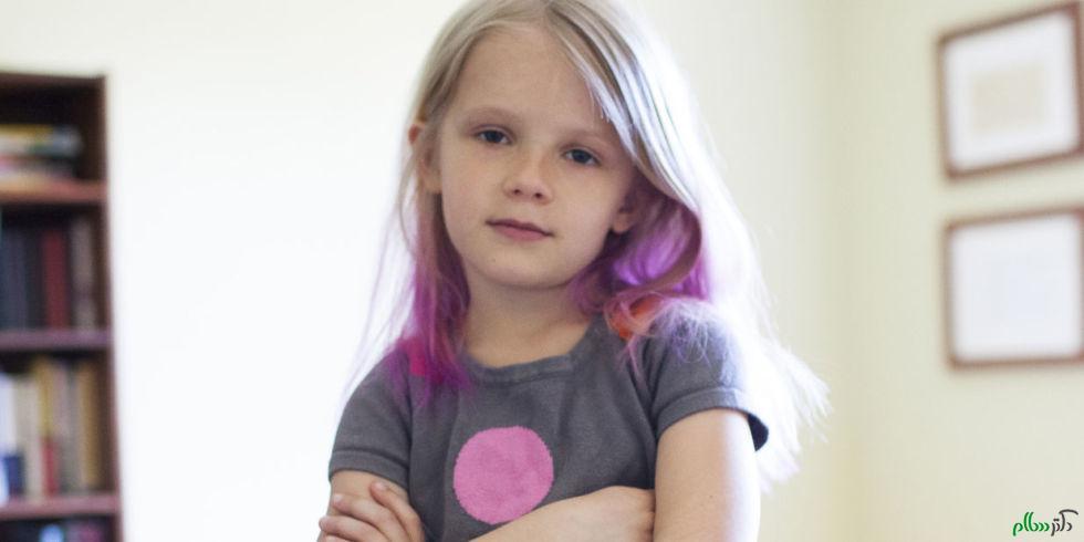 خطرات رنگ کردن مو در کودکان