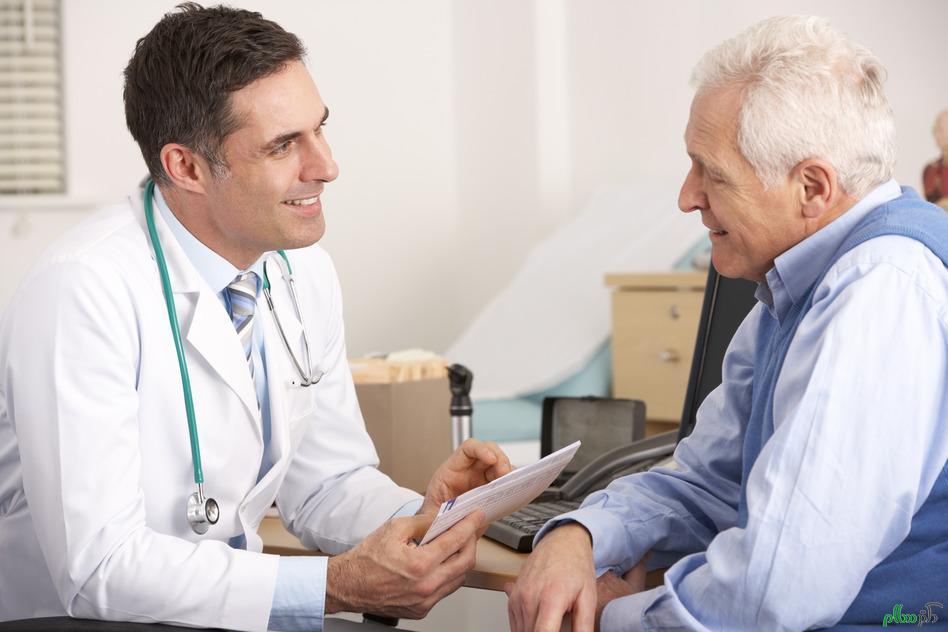 Khám sức khỏe thường xuyên sẽ giúp bệnh nhân suy thận an tâm
