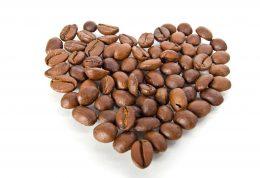کافئین، ضربان نامنظم قلب و نارسایی قلبی