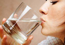 فایده های مختلف نوشیدن آب