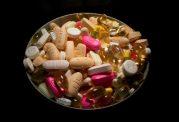 خطرات ناشی از افراط در مصرف مکمل ها