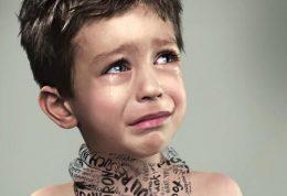 کودک مورد آزار جنسی قرار گرفته را درک کنید!