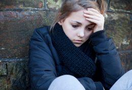 اضطراب بیشتر دخترها در برابر پسرها،چرا؟