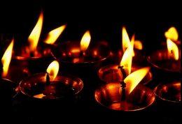 چگونه با غم مرگ عزیزانمان کنار بیاییم