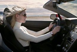 زنان موجودات خطرناکی در هنگام رانندگی