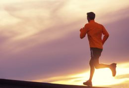 به چه دلیل باید ورزش کنیم؟