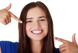 9 موردی که رنگ دندانتان را خراب میکنند