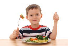 در تغذیه ی کودکان از این خوراکی ها غافل نشوید