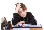 نقش والدین در بروز اضطراب تحصیلی نوجوانان