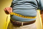 افراد خانه دار در فصل سرما مراقب افزایش وزن خود باشند