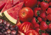 آیا می دانید  قلب میوه های قرمز را دوست دارد؟