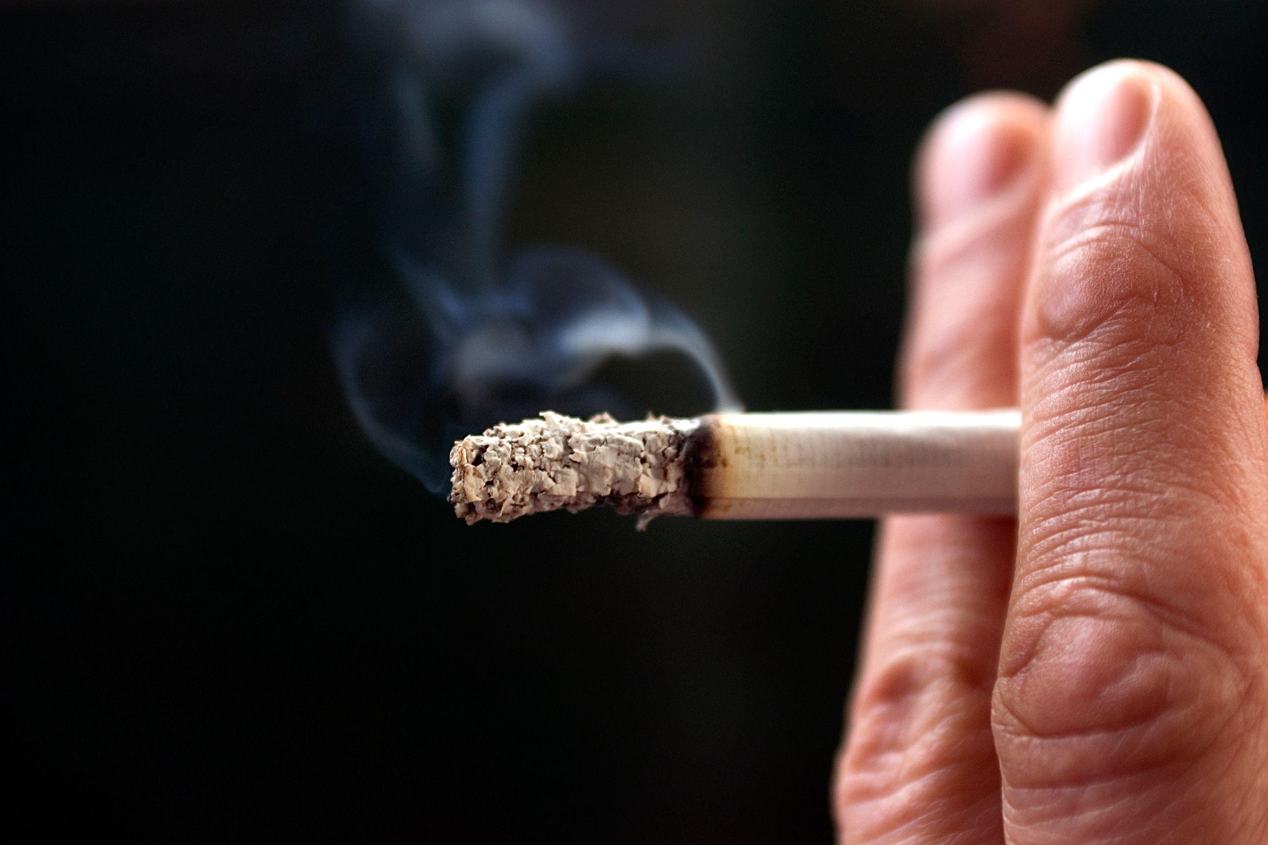 مرگ ناشی از سرطان، هنوز هم به دلیل سیگار کشیدن است
