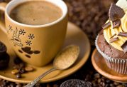 نوشیدنی خاص با شکلات با قهوه