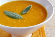 آموزش تهیه  سوپ با کدو حلوایی و زنجبیل