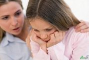 علت گوشه گیر شدن کودک چیست؟