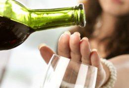 ابتلا به سرطان و مرگ زودرس با نوشیدن الکل