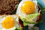 ترکیب تخم مرغ با سبزیجات برای مقابله با التهاب