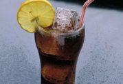 تاثیر نوشیدنی های رژیمی بر کم شدن وزن