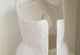 رفع خمیدگی ستون فقرات با تن پوش سه بعدی