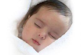 آیا سر ساعت خوابیدن بر روی کاهش وزن کودکان تاثیر دارد؟