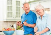 رژیم غذایی  مختص افراد سالمند