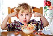 کودکان بیش فعال از این خوراکی ها استفاده نکنند