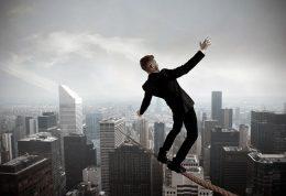 آیا افزایش سن تمایل افراد به ریسک کردن را کاهش میدهد
