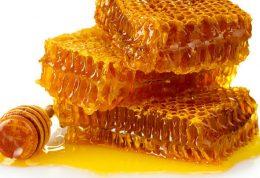 چگونه عسل طبیعی از صنعتی تشخیص دهیم؟