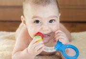 تغذیه زمان دندان در آوردن کودک
