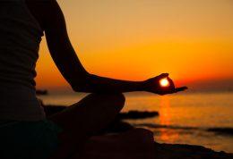 درد کمر را با یوگا کاهش دهید