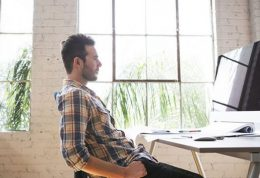 کاهش عمر با زیاد نشستن