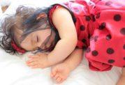 چرا کودکم شب ادراری دارد؟ + راه حل
