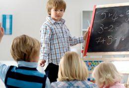 چگونه به کودکان مهارت تصمیم گیری و حل مسئله را آموزش بدهیم؟