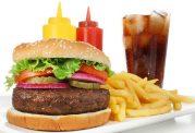 عادات غذایی غلط در کودکان و نوجوانان را بشناسیم