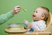 خورد و خوراک شیرخواران