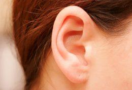 خارج کردن جرم گوش میتواند به گوش آسیب وارد کند