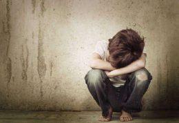 درمان خودآزاری و خودزنی کودک