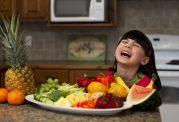 مصرف میوه تازه باعث پیشگیری از حملات قلبی و سکته مغزی میشود