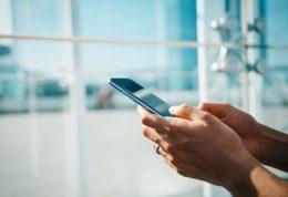 هشدار جدی!هنگام ورزش کردن از تلفن همراه استفاده نکنید