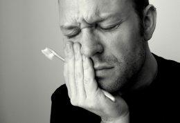 تقویت لثه و دندان های حساس به گرما و سرما