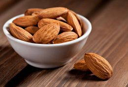 بادام، خوراکی برای جلوگیری از پرخوری