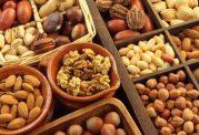 کاهش بروز بیماری های قلبی با مصرف آجیل