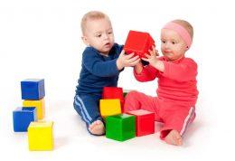پیامد های خطرناک قرار دادن طولانی مدت کودکان در مهد کودک