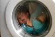 مرگ دوقلوهای هندی در ماشین لباسشویی