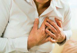 معمولی ترین علامت حمله قلبی، سوزش قفسه سینه است
